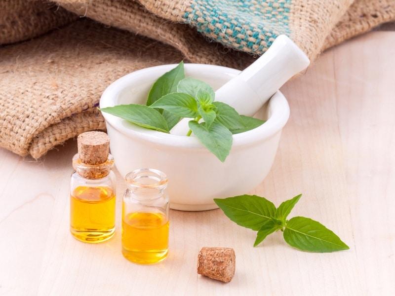huiles essentielles cosmétique maison